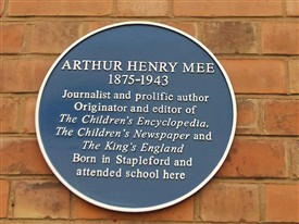 Photo:The Blue Plaque commemorating Arthur Mee