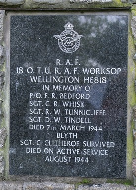 Photo:18 OTU Memorial Blyth