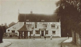 Photo:Admiral Rodney and Village Pump c 1900