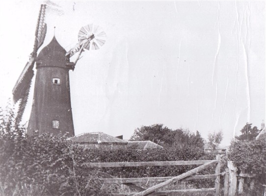 Photo: Illustrative image for the 'Coddington windmill' page