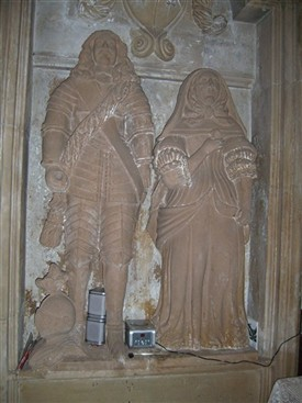 Photo:Monument to Sir John and Lady Digby in St Edmund's Church