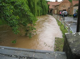 Photo:Caunton floods 2007
