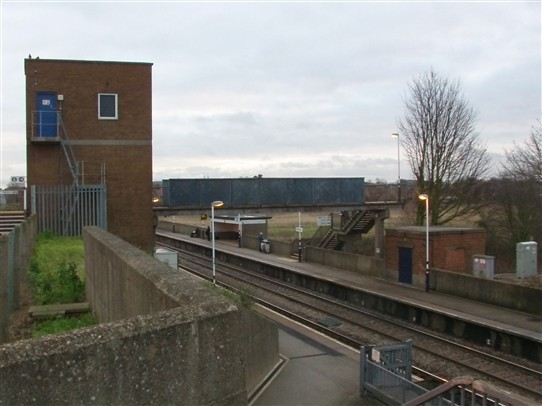 Photo:Approach to Retford Low Level station from the main (high level) station (Lift tower far left)