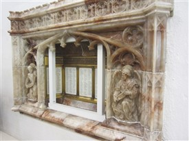 Photo:War Memorial of Derbyshire alabaster in the church of St.Helens, Bishopsgate, London EC3A