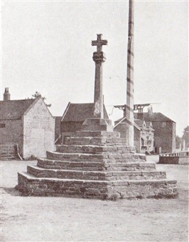 Photo:Top Cross with Maypole still in place behind