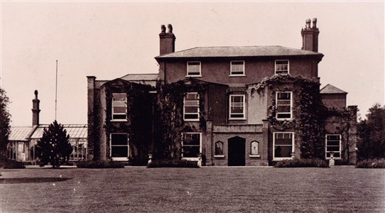 Photo: Illustrative image for the 'Hoveringham Hall' page