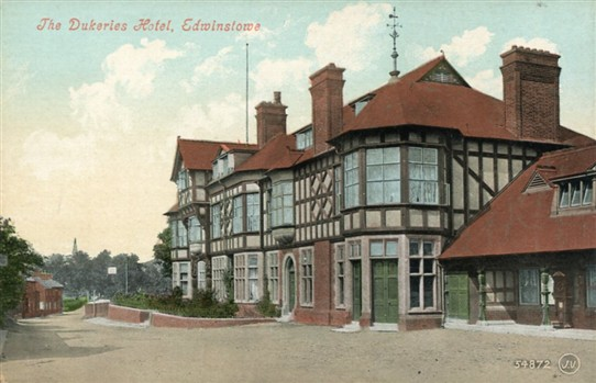 Photo:The Dukeries Hotel