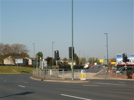 Photo:The junction of Sheriff's Way & Meadows Way May 2012