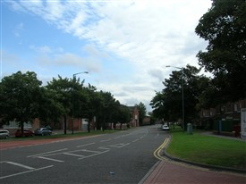 Photo:Meadows Way looking east from Arkwright Walk