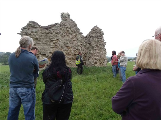 Photo:Learning about the history of the ruins