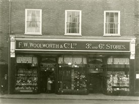 Photo:Woolworths Past