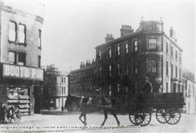 Photo:Queen's Hotel Arkwright Street c.1930