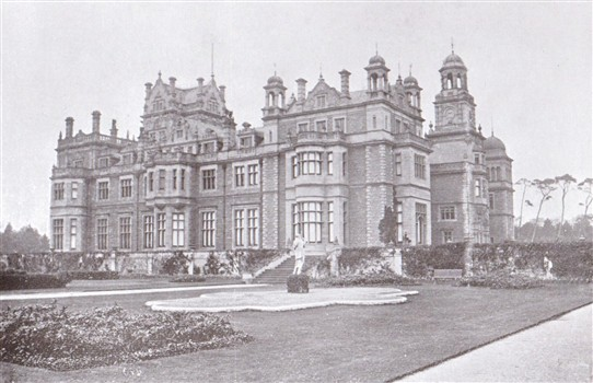 Photo:Thoresby Hall in 1903