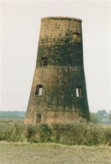Photo:Coddington Windmill in September 1984