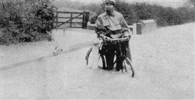 Photo:Cycling through the 1922 Southwell flood