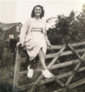 Photo:My mum Maureen Hall, married Gordon and became French. Mum helped at the cafe.
