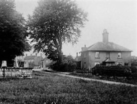 Photo:Model housing at Budby